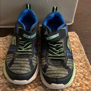Skechers boys size 1Y s lights sneakers